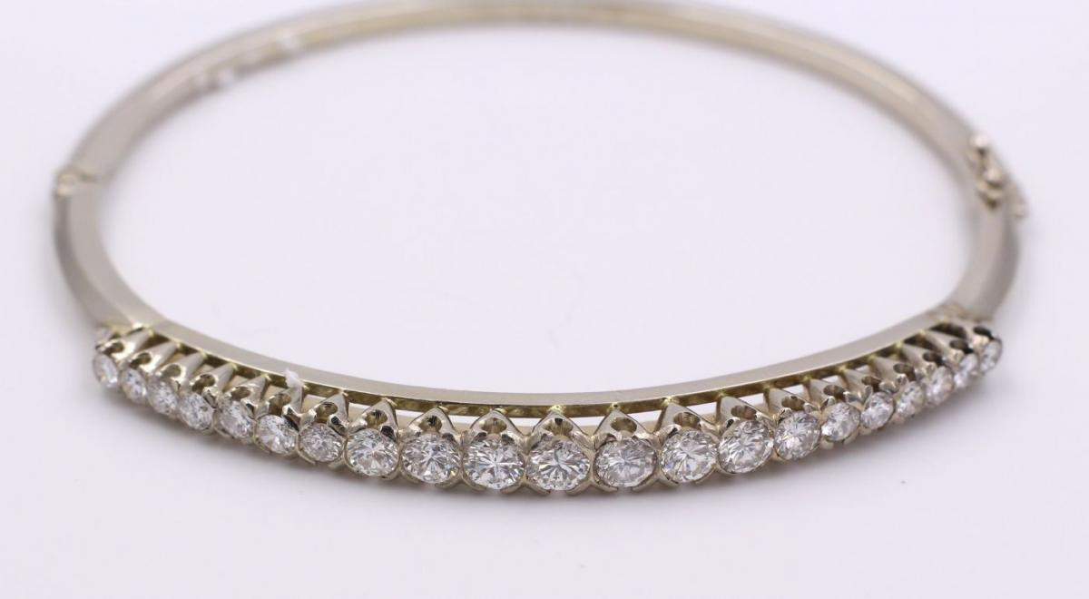 Bracelet En Or Gris 18 Carats Avec Diamants