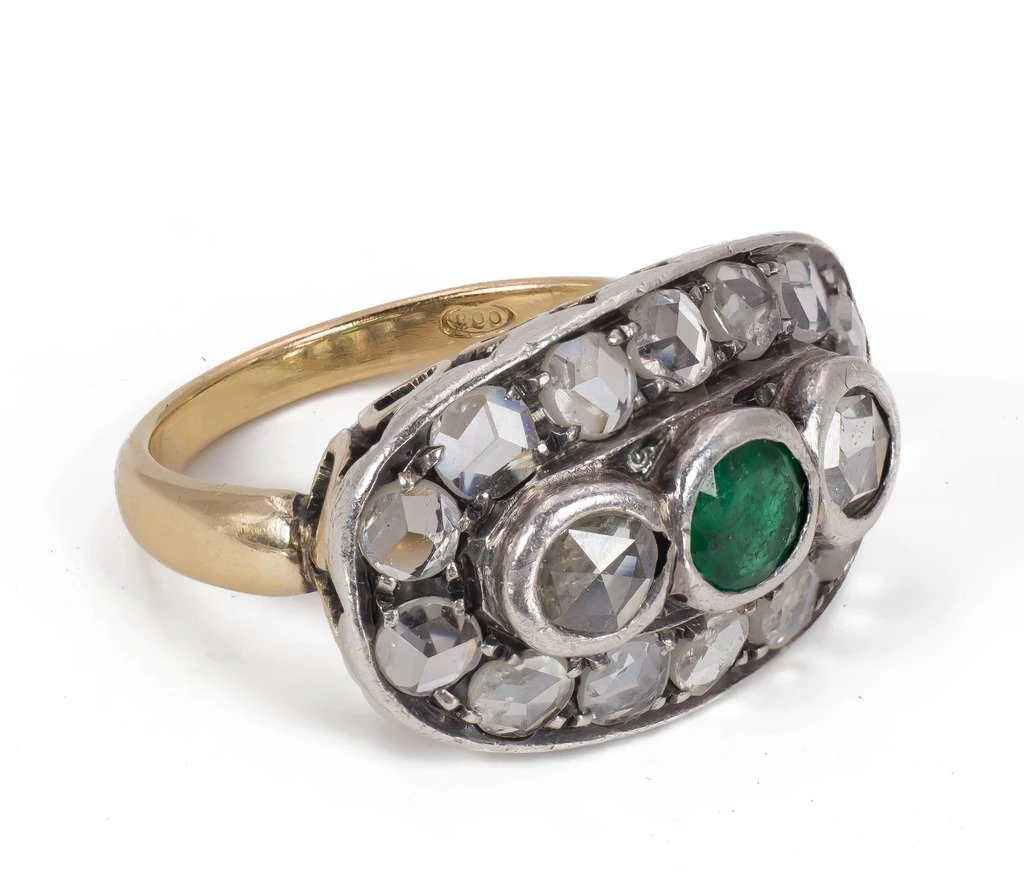 Ring In Gold And Silver With Diamonds Size Rosettediamant And Emerald, Early 20th Century