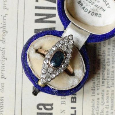 Bague Navette Ancienne En Or 14 Carats Avec Saphir Et Diamants, Début Des Années 900