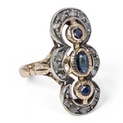 Bague Ancienne En Or 18 Carats Avec Saphirs Et Rosaces De Diamants