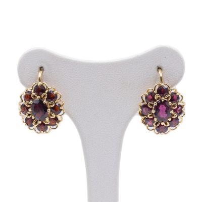 Vintage 18k Gold Earrings With Garnets