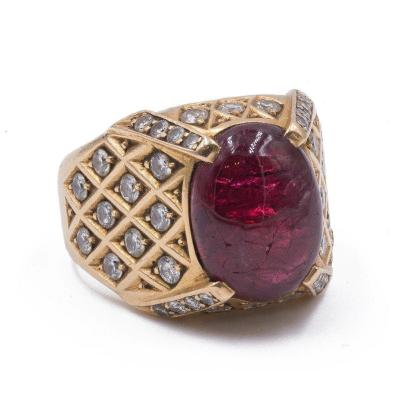 Vintage Men's Ring In 18 K Gold With Cabochon Ruby And Diamonds, 60