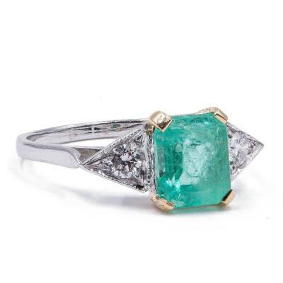 New 18k Gold Ring With Emerald (1.75 Ct) And Diamonds (0.17 Ct)