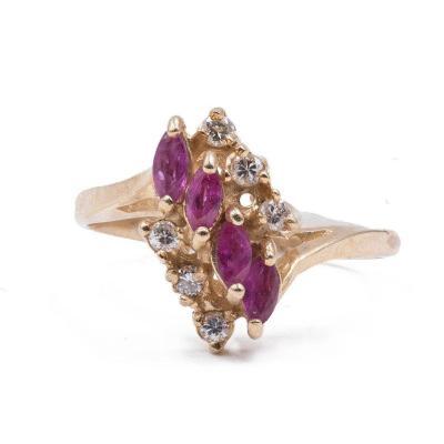 Bague Vintage En Or 14 Carats Avec Rubis Et Diamants