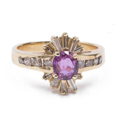 Bague Vintage En Or 14 Carats Avec Rubis Et Baguette Et Diamants Taille Ronde