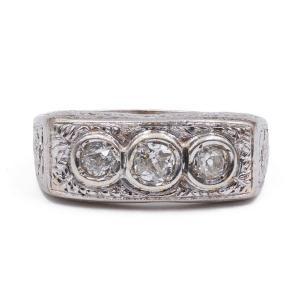 Antique Platinum Ring With Old Cut Diamonds (0.50 Ct), 1940s
