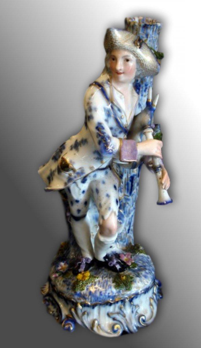 """Grande Porcelaine Meissen """"le Jouer de Cornemuse"""" fin XVIIIème"""