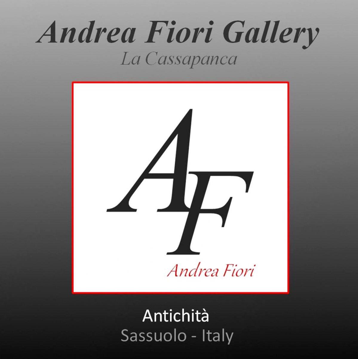 Andrea Fiori Gallery - La Cassapanca
