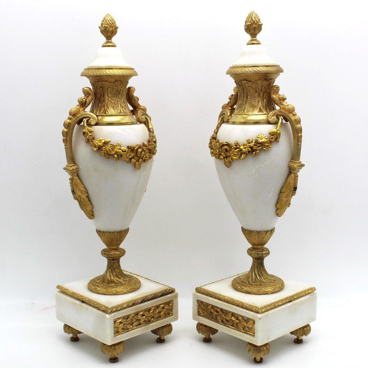 Antique Pair Of Napoleon III Cassolette Vases In Gilt Bronze - 19th-photo-1