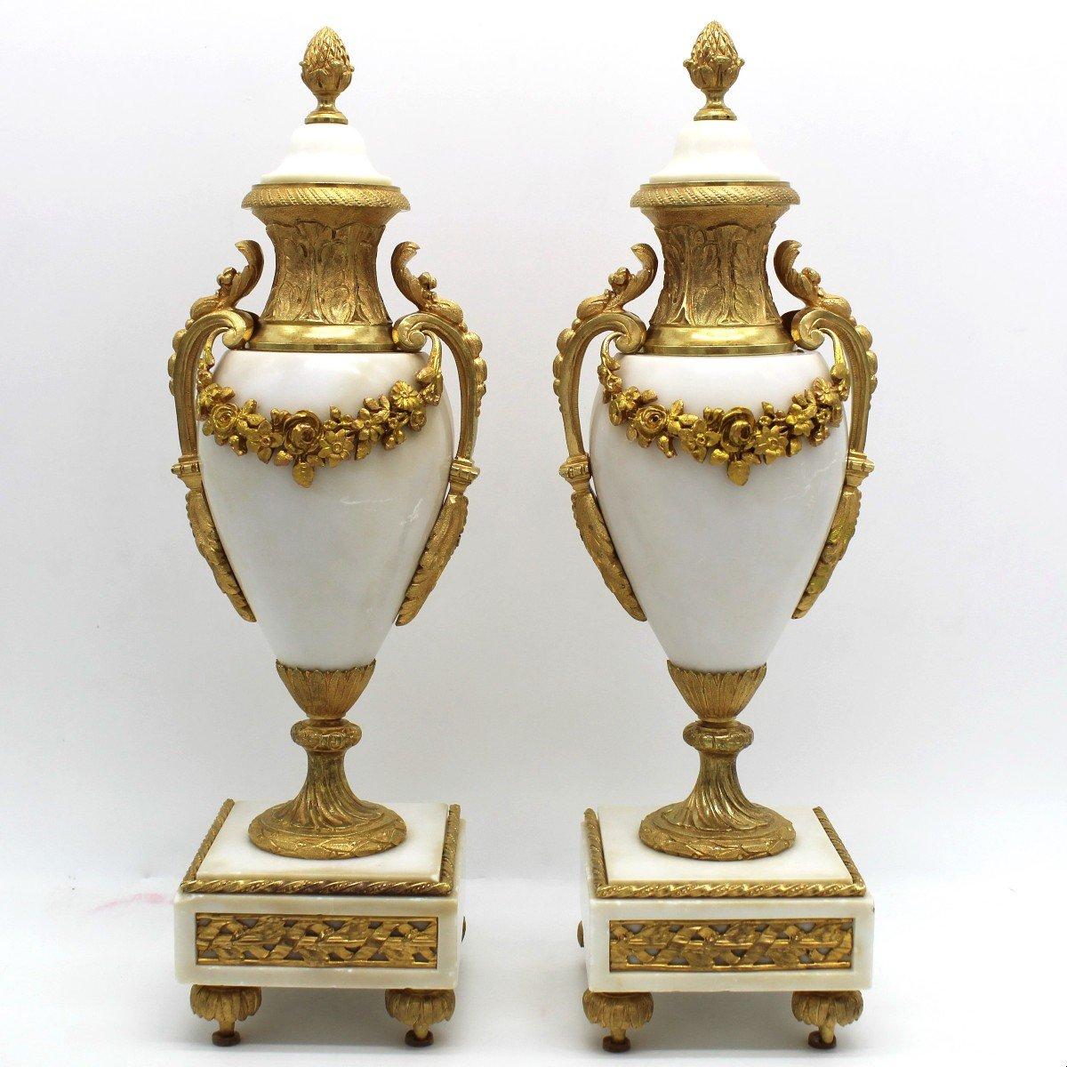 Antique Pair Of Napoleon III Cassolette Vases In Gilt Bronze - 19th