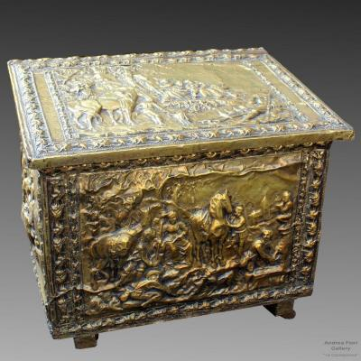 Antique Napoleon III Chest In Tooled Brass - 19th Century