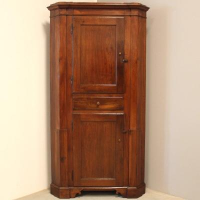 Antique Corner Cabinet In Walnut - Italy 19th