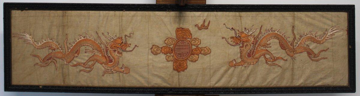 Soie Japonaise Brodée De Dragons, Période Edo