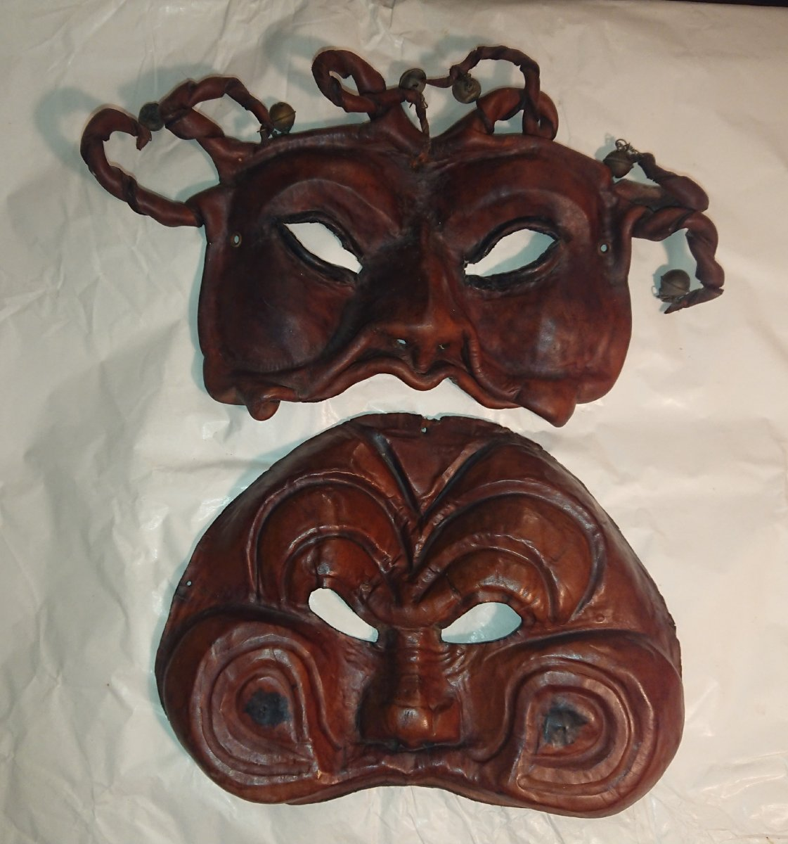 Deux Masques Vénitiens En Cuir XIXe Siècle
