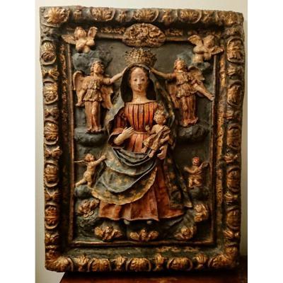 La Vierge Et l'Enfant En Gloire. Bas-relief En Papier Maché Et Bois Peint. Espagne XVIIe Siècle