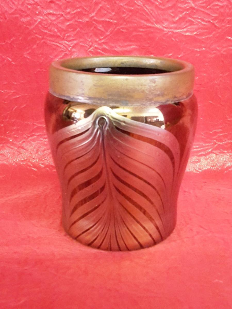 Petit Vase En Verre Irisé