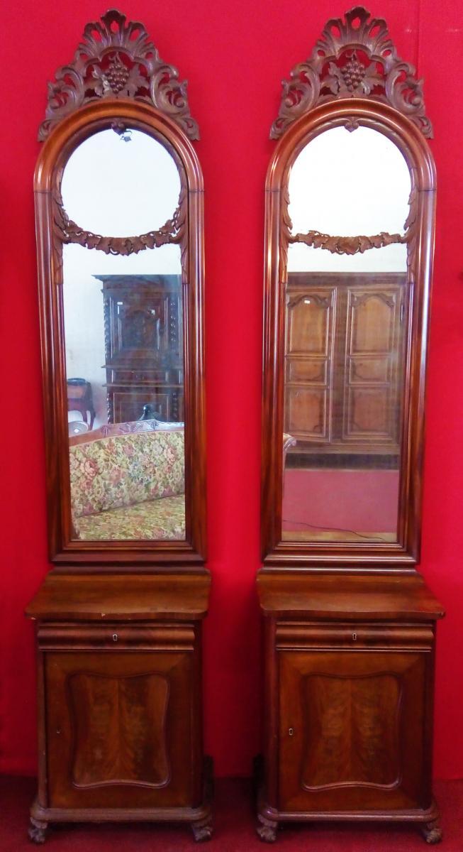 Paire De Tables De Chevet Avec Miroir
