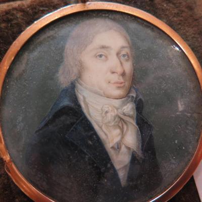 Portrait miniature fin du XVIIIéme. Signé et daté.