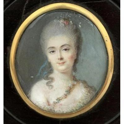 Miniature ècole Française Fin XVIIIème. Portrait De Femme De Qualité