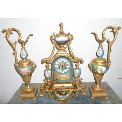 Garniture De Cheminée En Bronze Et Porcelaine De Sèvres