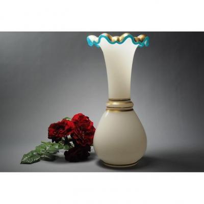 """Vase opaline """"Pure naïveté"""""""