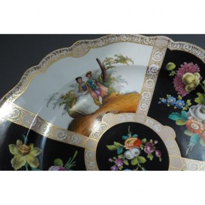 Dish - Two Datings -porcelain,  Germany,  Meissen, 19th Century