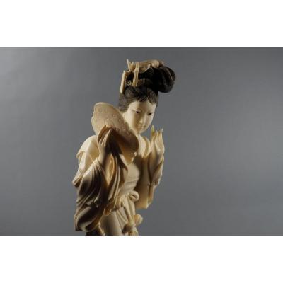 Okimono Carved Ivory Statuette Japan Meiji Period