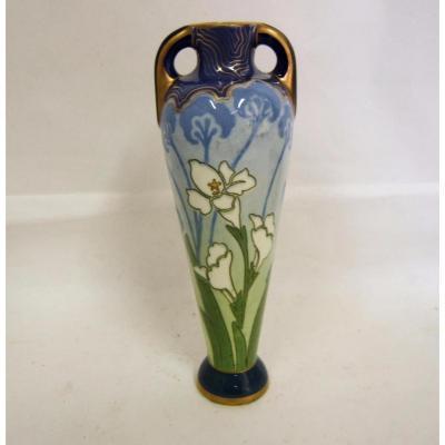 Petit Vase Faience Kg Luneville Art Nouveau Forme Amphore Lys Peint Main