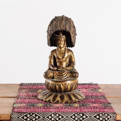 Buddha With Atypical Headdress