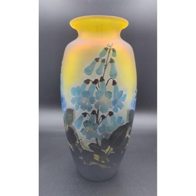 Vase Gallé à Décor De Fleurs De Digitale