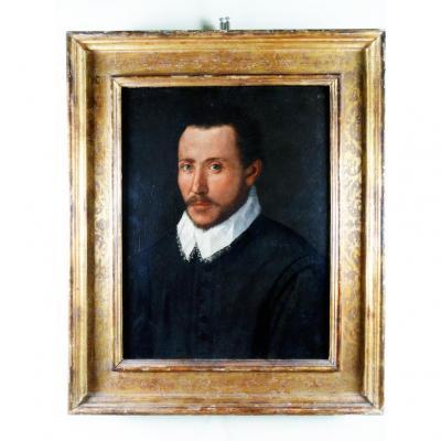 Un Portrait Sur Bois Du XVIe Siècle