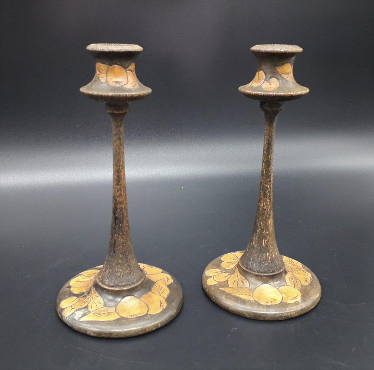 Paire  De Bougeoirs Pyrogravé,  Arts & Craft,  Vers 1910