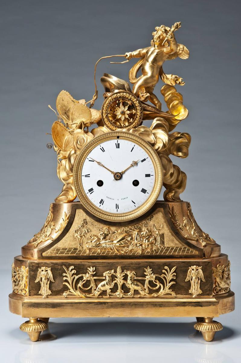 Pendule En Bronze Paris XIXeme Siecle 32cm X 15cm X 46cm