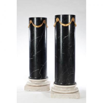 Pair Of Columns In Black Marble XIXth Century H: 124cm D: 43cm