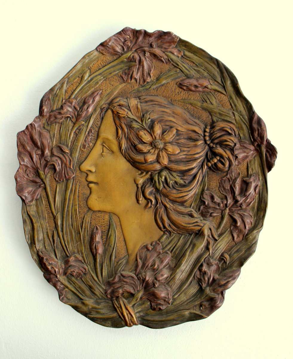 Ernst Wahliss Turn Wien Austrian  Sculpture En Céramique Art Nouveau Du Profil d'Une Femme