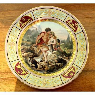 Une Plaque De Placard En Porcelaine Royale De Vienne De Qualité Supérieure