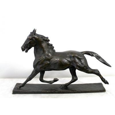 Hans Hechel Sculpteur Allemand Une Grande Sculpture En Bronze d'Un Cheval Courant