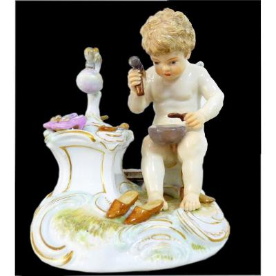 Meissen - Figurine En Porcelaine Petit Ange