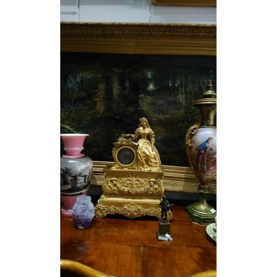 Une Belle Pendule, Bronze Doré Paris 1827, Aussi Une Cloche !!!