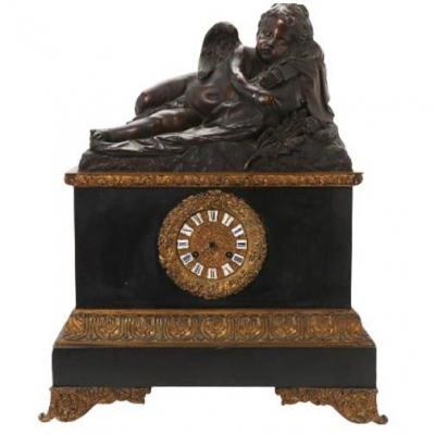 Horloge De Cheminée En Bronze Patiné, Raingo Frères (français, Fondée En 1823)