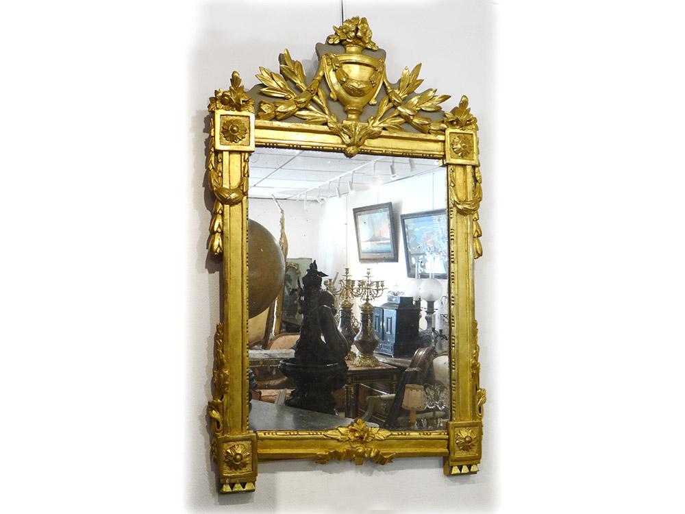 Miroir Louis XVI Provençal Bois Sculpté Doré Urne Fleurs Glace XVIIIème