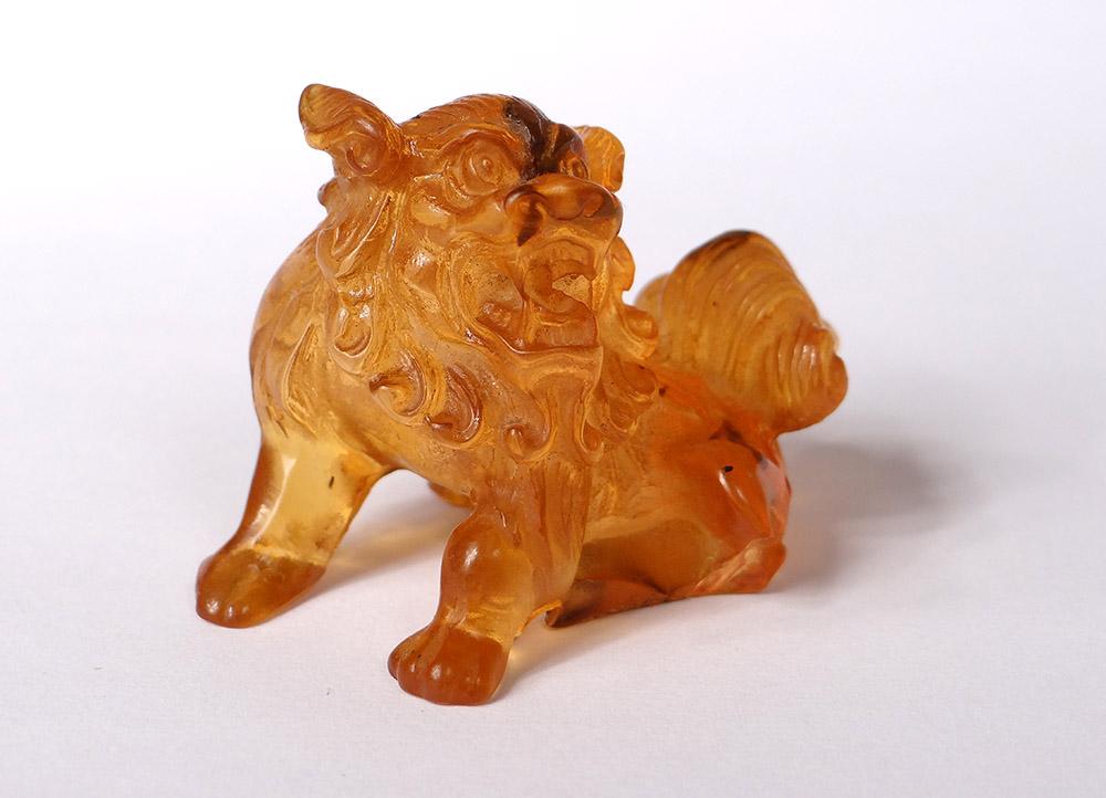 Small Sculpture Amber Dog De Fô China Lion 14,6gr Eighteenth Century
