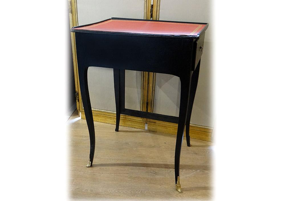Table à écrire à écran Louis XV Bois Laqué Noir Cuir Rouge XIXème Siècle