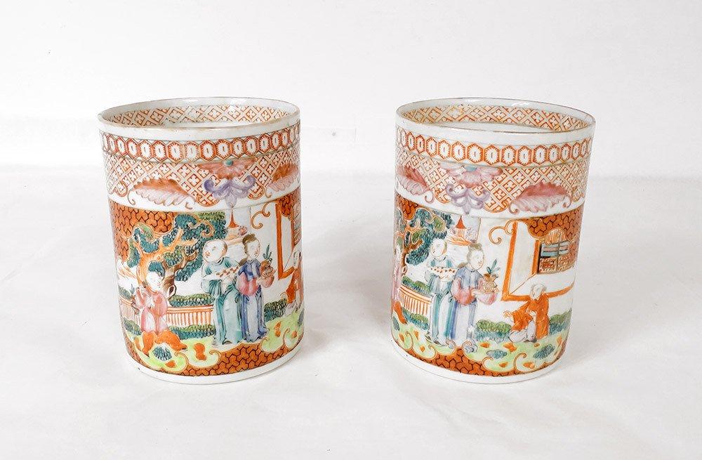 Paire De Chopes Porcelaine Décor Mandarins Chine Qianlong XVIIIè