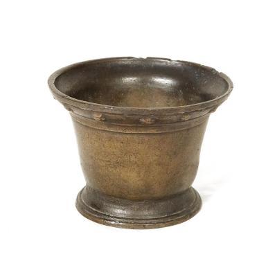 Mortier Apothicaire Airain Bronze Frise Fleurs XVIème
