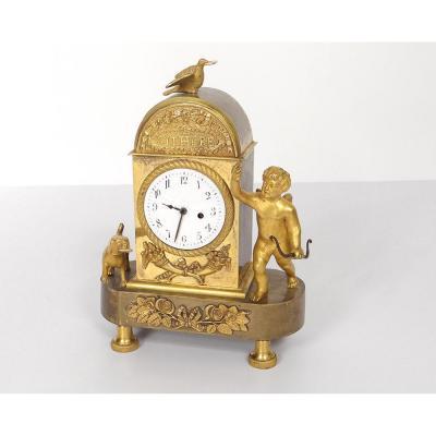 Rare pendulette bronze doré 'A CYTHERE' ange chien fleur XIX
