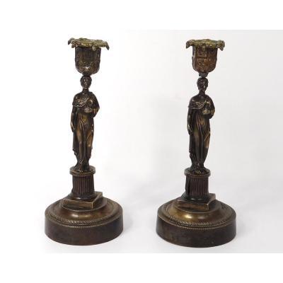 Paire Bougeoirs Flambeaux Bronze Vestales Cariatides XIXè