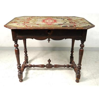 Table Louis XIII Walnut Carved Wood Shot Tapestry Eighteenth Century