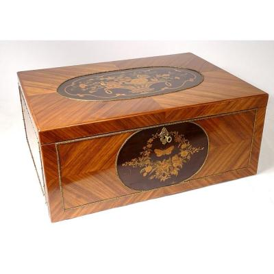 Large Box With Shawls Marquetry Rosewood Flowers Napoleon III Nineteenth