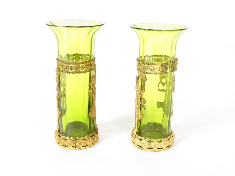 Paire De Vases Vert Laiton Doré Décor Femmes XIXè-photo-2